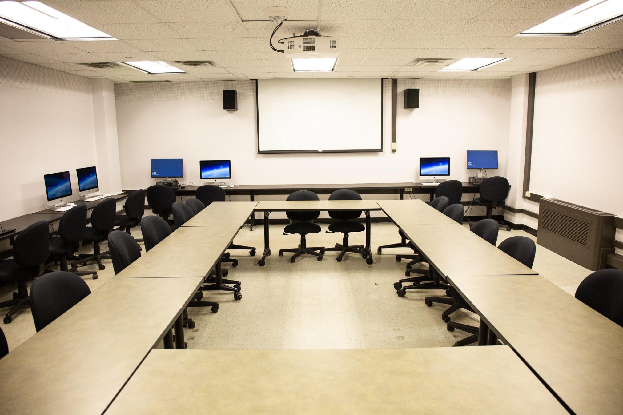 Classroom Parlin 6